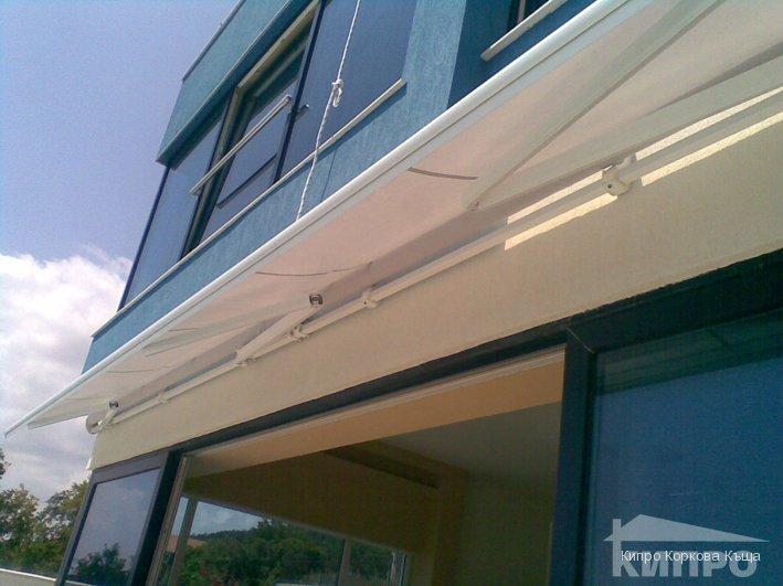 балконска тента
